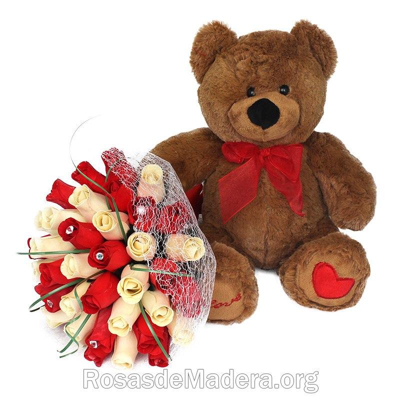 Regalo rom ntico oso de peluche y ramo de rosas de madera for Regalos muy romanticos
