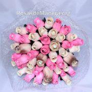Ramo de flores de rosas de madera de 50 rosas