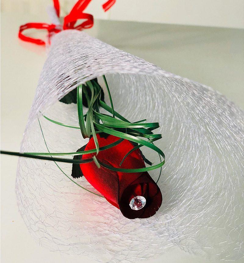 Rosa roja madera