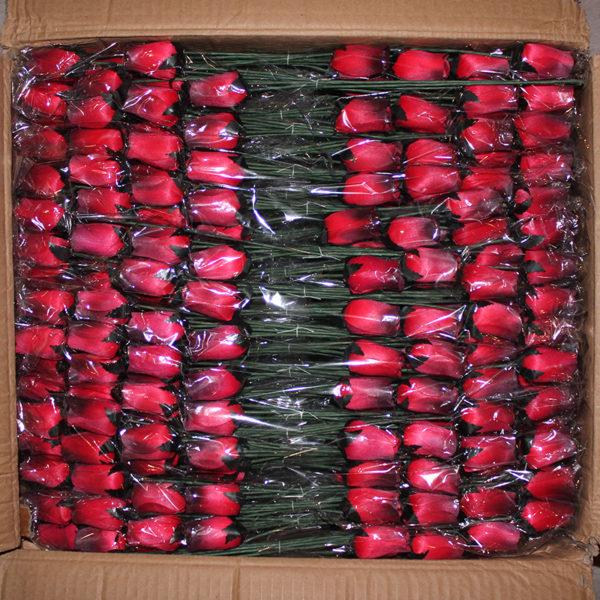 Rosas de madera rojas